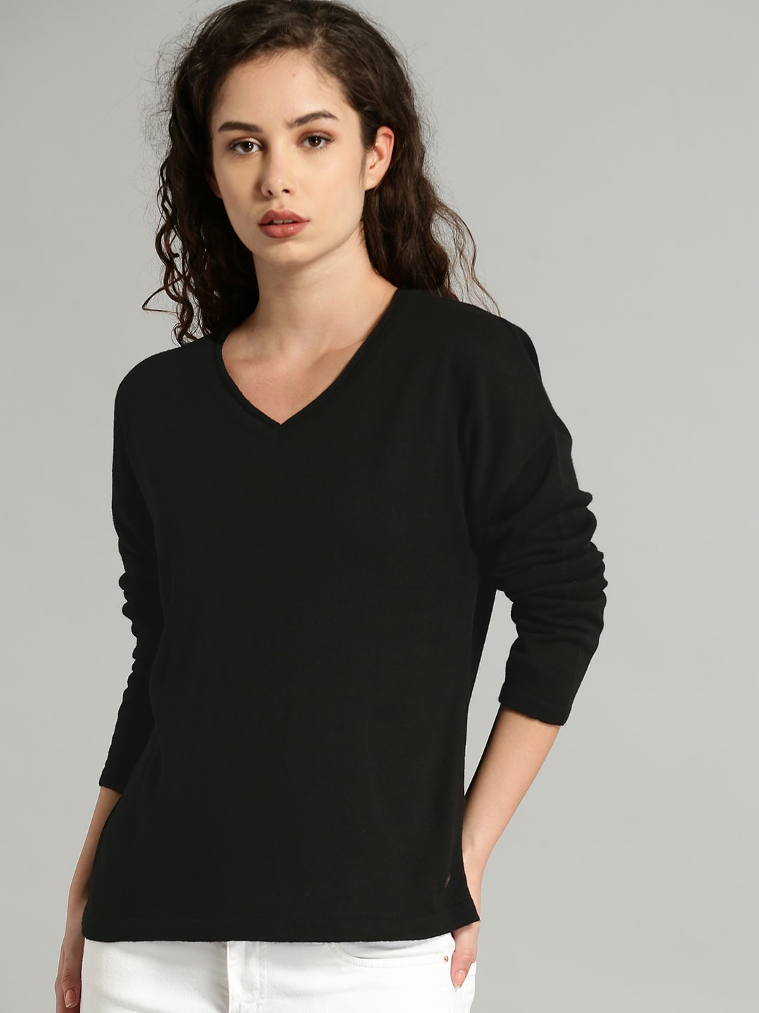 Roadster Women Black Solid Pullover-5356186